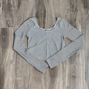 Women's long sleeve crop top